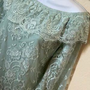 Mint White House Black Market Lace Cold Shoulder L